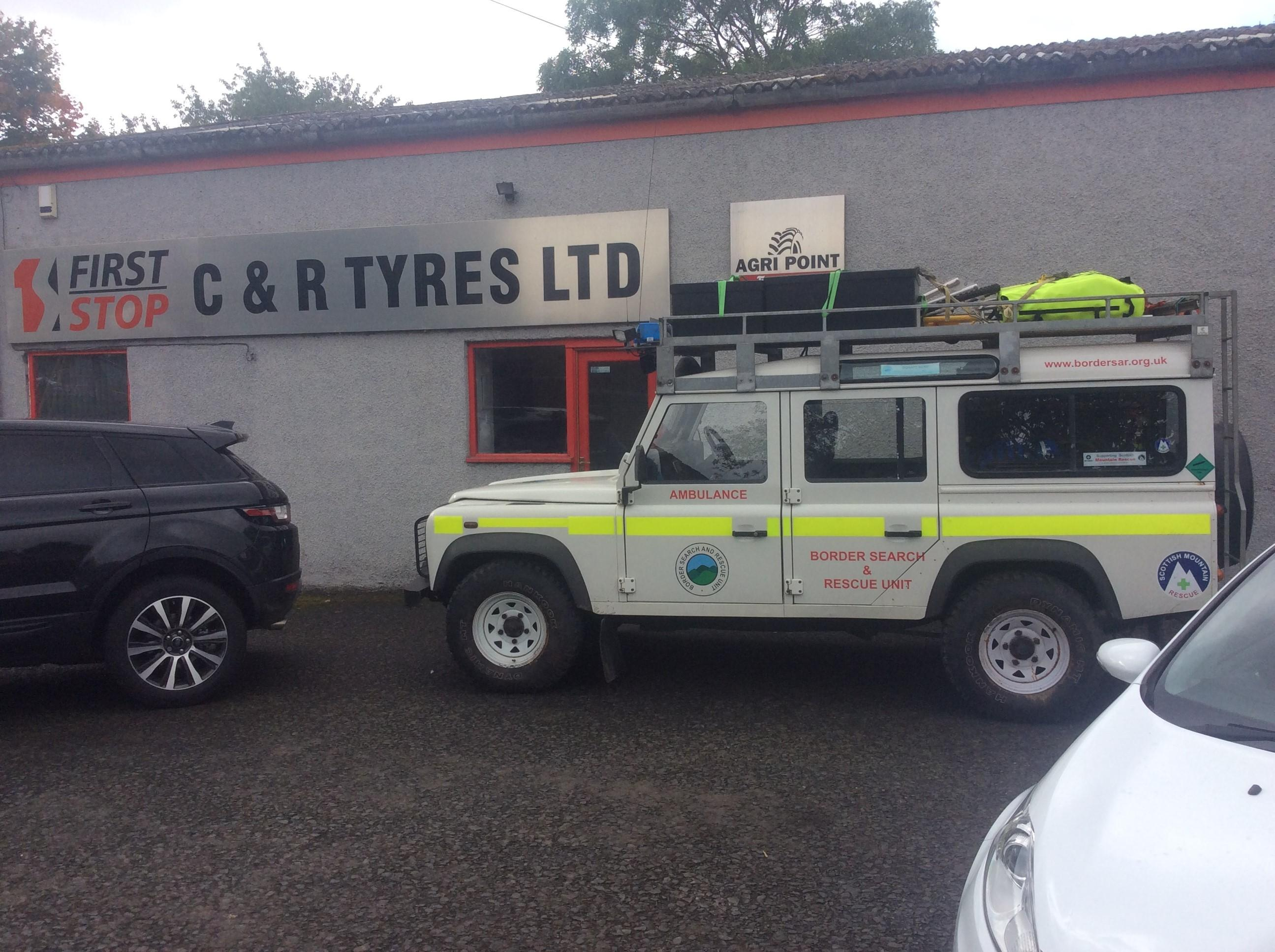 Team Landrover at C&R Tyres, Kelso